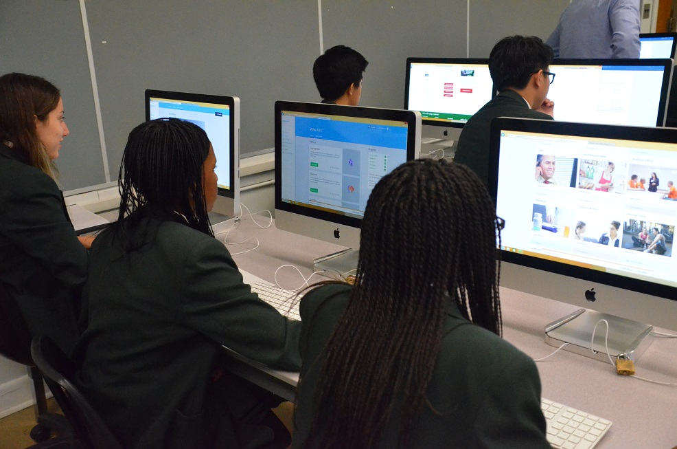 De la salle goes online to help students plan for the future get students when they take careersguidance glc2o in either grade 7 or 10 students are then able to access their accounts until the time they graduate malvernweather Gallery